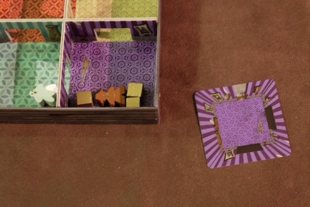 Première carte empochée par votre serviteur, puisque j'ai réussi à amener les trois éléments prévus dans la pièce violette.