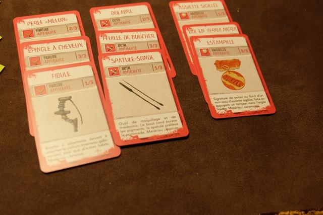 On a réussi à amasser au moins deux séries de 3 cartes (en fait trois !!!).