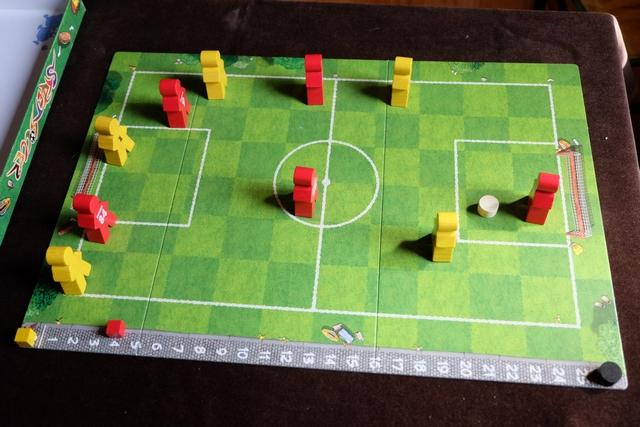 Fin du match, sur ce score sans appel de 4 à 0 pour les rouges, avec le ballon qui termine dans ma surface, pour la première fois de toute la partie...