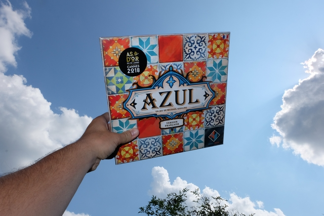 Azul sous un ciel azul !!! Hâte de découvrir le tout nouveau Spiel des Jahres...