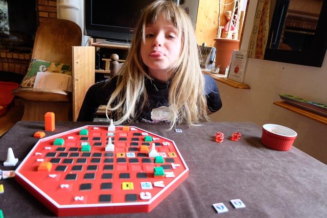 Elle a réussi sa colonne 5, tandis que j'ai rejoint aussi la 9. Là, sur le coup, elle a dû échouer, non ? ;-)