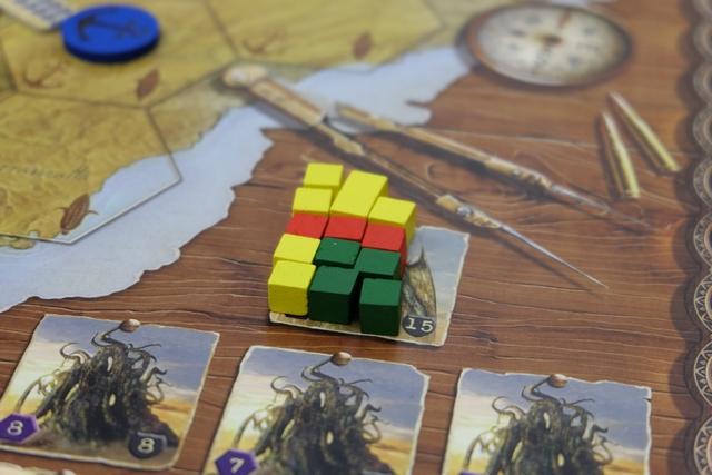 Plus qu'un dégât et Cthulhu tombe !!! Étonnant qu'il n'y ait pas de cube bleu quand même...