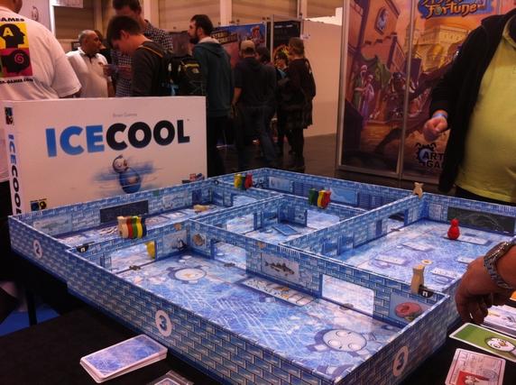 Icecool, l'un de mes jeux fétiches de ces dernières années, en version surdimensionnée de dingue !