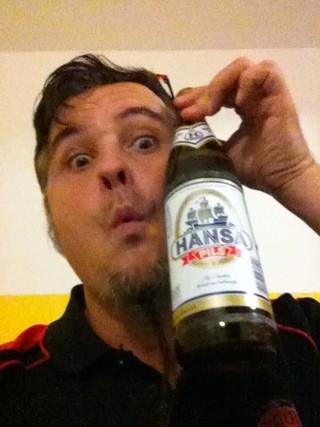 Nous voilà arrivés à Essen ! Et la première bière, une Hansa Pils souvent pour moi, est un moment délectable...