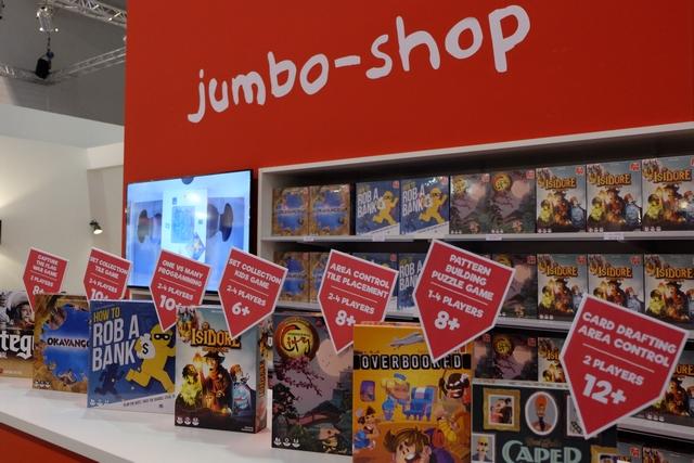 Chez Jumbo, ils ont plusieurs jeux qui me titillent... J'espère que mes contacts avec eux seront fructueux...