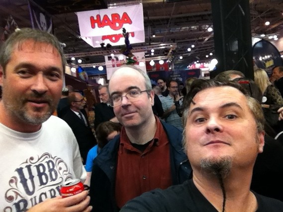 Grissom87, William Attia et moi-même, après une grande grande grande discussion entre David et William...