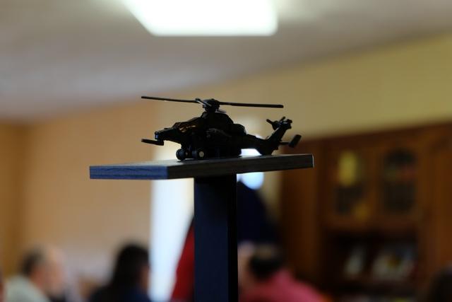 Notre but ultime : l'hélicoptère posé sur le toit, attendant que notre équipée de gangsters aient pillé les 3 coffres pour pouvoir s'enfuir par la voie des airs !
