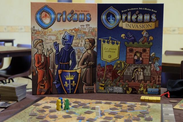 Ah... la fameuse boîte d'Invasion qui trône à côté du jeu de base pour une partie de découverte avec l'extension dite Prospérité (pour 3 joueurs).