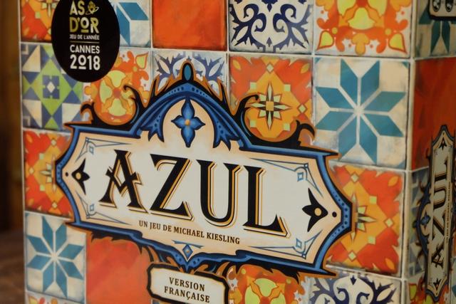 """""""Azul, ça saoule !"""" comme dirait Leila ;-) même si elle a plutôt dit """"Azul, c'est cool !"""" en s'imaginant terminer l'année en y jouant ce soir avec son parrain et sa marraine..."""