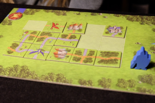 """Voici la position du plateau de Leila lors du troisième puzzle, lorsque je crie """"Fini !"""". Pauvre Leila... :-("""