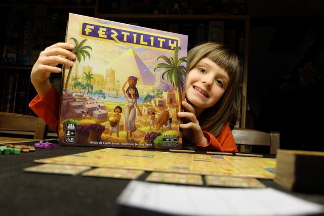 Je ne savais pas si Leila allait pouvoir y jouer, mais je savais d'ores et déjà que le look du jeu, son thème et son ambiance allait forcément la séduire. Vous en doutiez ?