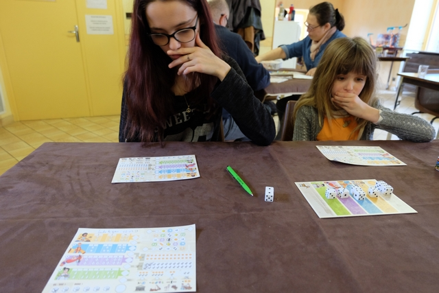 Ca, c'est clairement un jeu pour Maitena... Les Roll & Write, elle en est adepte, notamment de Welcome et de Bloxx !