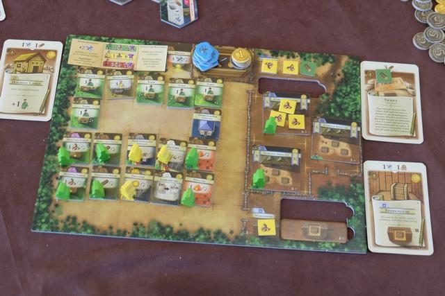 Le plateau de Fabrice, juste avant qu'il nourrisse ses trois citadins et qu'il produise ses 2 dollars liés à son Théâtre...